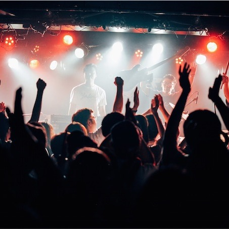 Yasei Collective、大喝采の中閉幕したツアーファイナルのステージで追加公演の開催を発表!