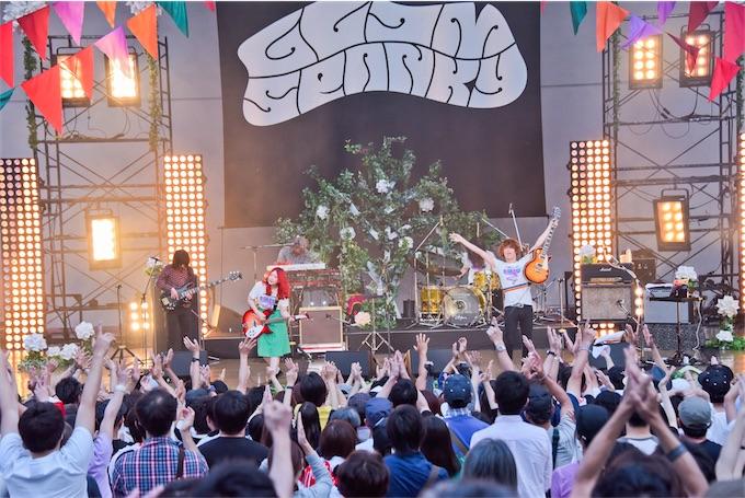 GLIM SPANKY、大阪城音楽堂大盛況!3rdアルバム発売&全国ツアー決定!