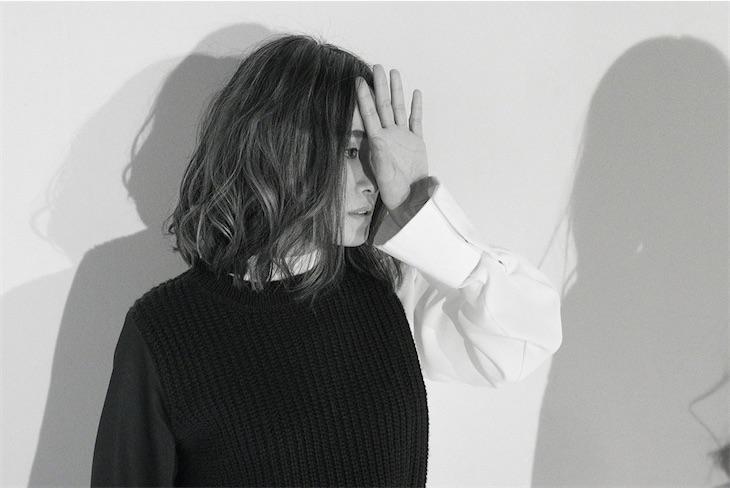 NakamuraEmi、最新アルバムからTVアニメ「メガロボクス」EDテーマ「かかってこいよ」のミュージックビデオを公開!