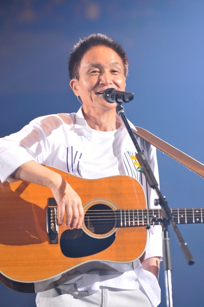 小田和正、2週連続シングルTOP5入りは70代では史上初!