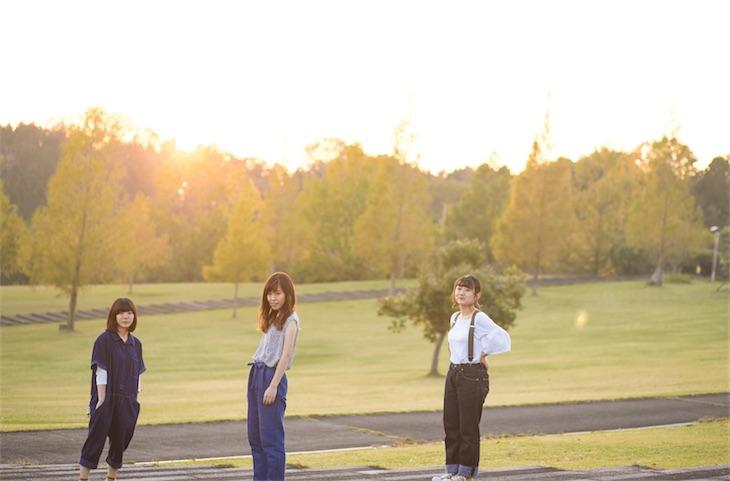 大阪女子20歳3人組バウンダリー、初の全国流通盤「now」収録曲より「タイマー」MV公開!リリースツアー決定!