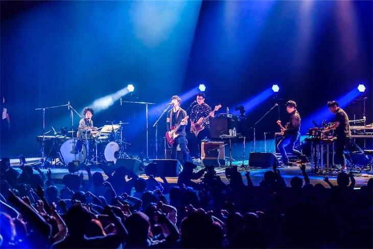 藤巻亮太、最高のバンドメンバーを迎え9都市を廻った『Polestar Tour 2017』終幕!