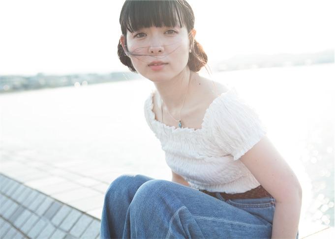 平賀さち枝、2ndアルバムより「10月のひと」MV公開!「まっしろな気持ちで会いに行くツアー」詳細発表!