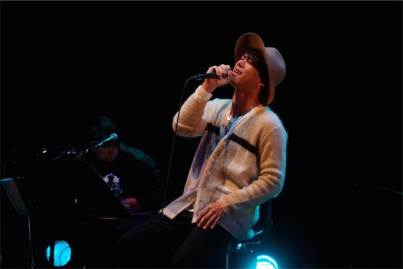 川畑 要(CHEMISTRY)、アコースティックライブ開催!新曲に加え名曲カバーも披露!