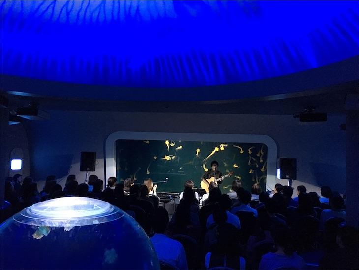 松室政哉、メジャー1stシングル「海月」発売記念ライブにて初の全国ツアーを発表!1st Album「シティ・ライツ」の詳細も公開!