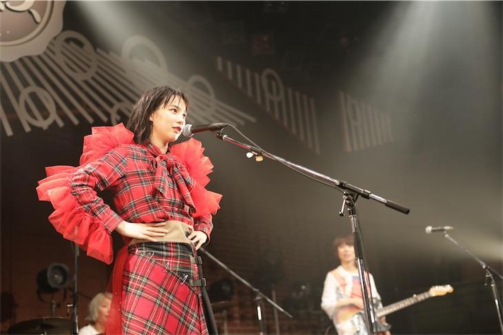 【音楽】のん、ジュディマリやフジファブ、RCなどのカバー含む15曲をプレイ! クリスマスの横浜赤レンガに参上 ->画像>61枚