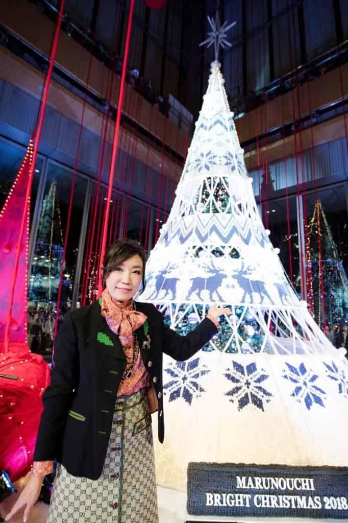 松任谷由実、自身初となるクリスマスツリー点灯式に登場!