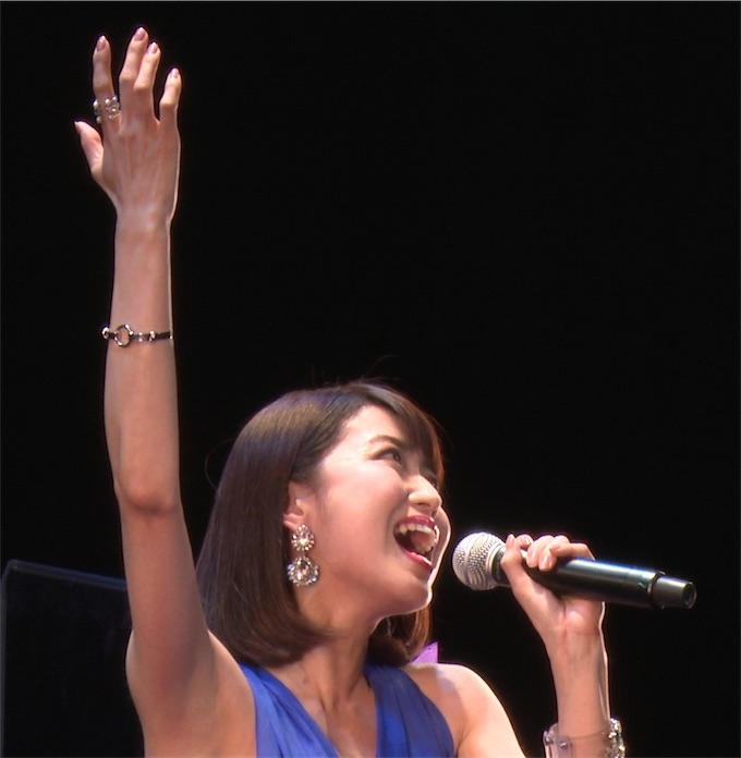 新妻聖子、今秋全国7ヶ所を回る「コンサートツアー2016」が決定!