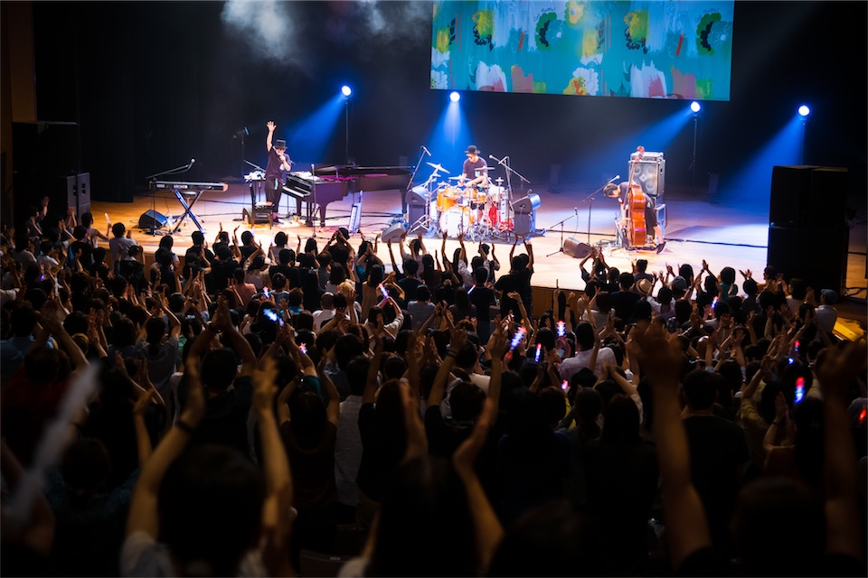 H ZETTRIO、全国ホールツアー開幕!新曲も初披露!