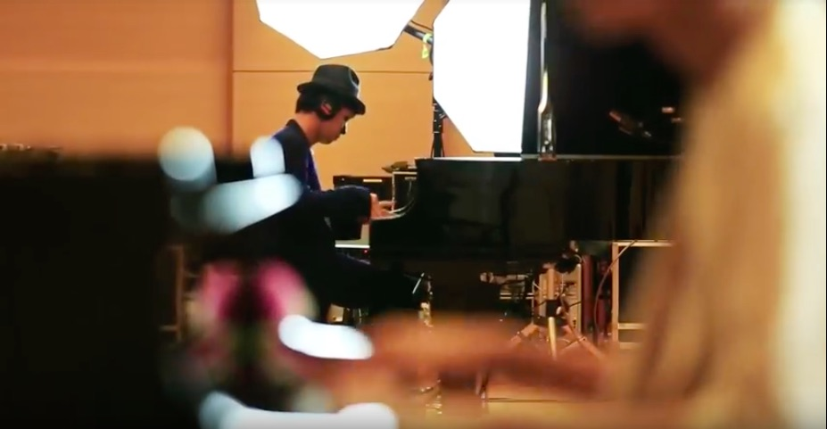 H ZETT M ✕ まらしぃ、異色のピアニストが共演!「妖怪ジャズフェス」で実現!