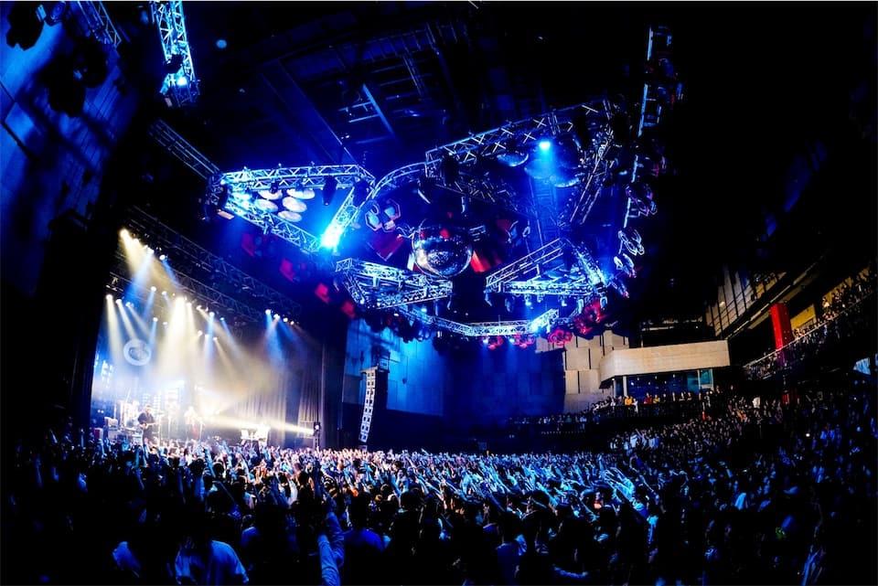 King Gnu、即完した初の全国ツアー初日に 東京・大阪追加公演を発表!