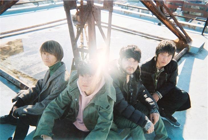 Mr.Children、ニューシングル「Birthday / 君と重ねたモノローグ」のジャケット&ポスターが公開!