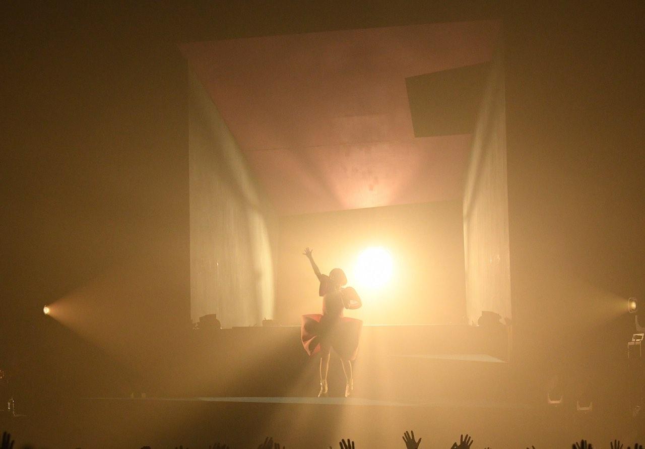 "『YUKI concert tour ""Terminal G"" 2021』ライブリポート"