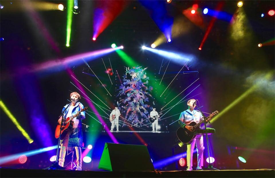 ゆず、弾き語りスタイルで再びアジアへ!台湾公演に3000人熱狂!