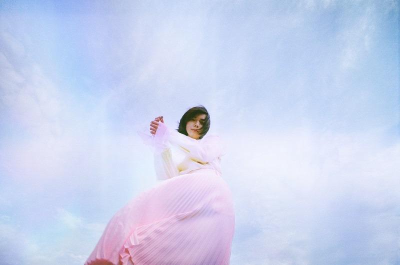 adieu(上白石萌歌)、新曲「春の羅針」MVのエンディングティザーにて初夏のミニアルバムリリースを発表!
