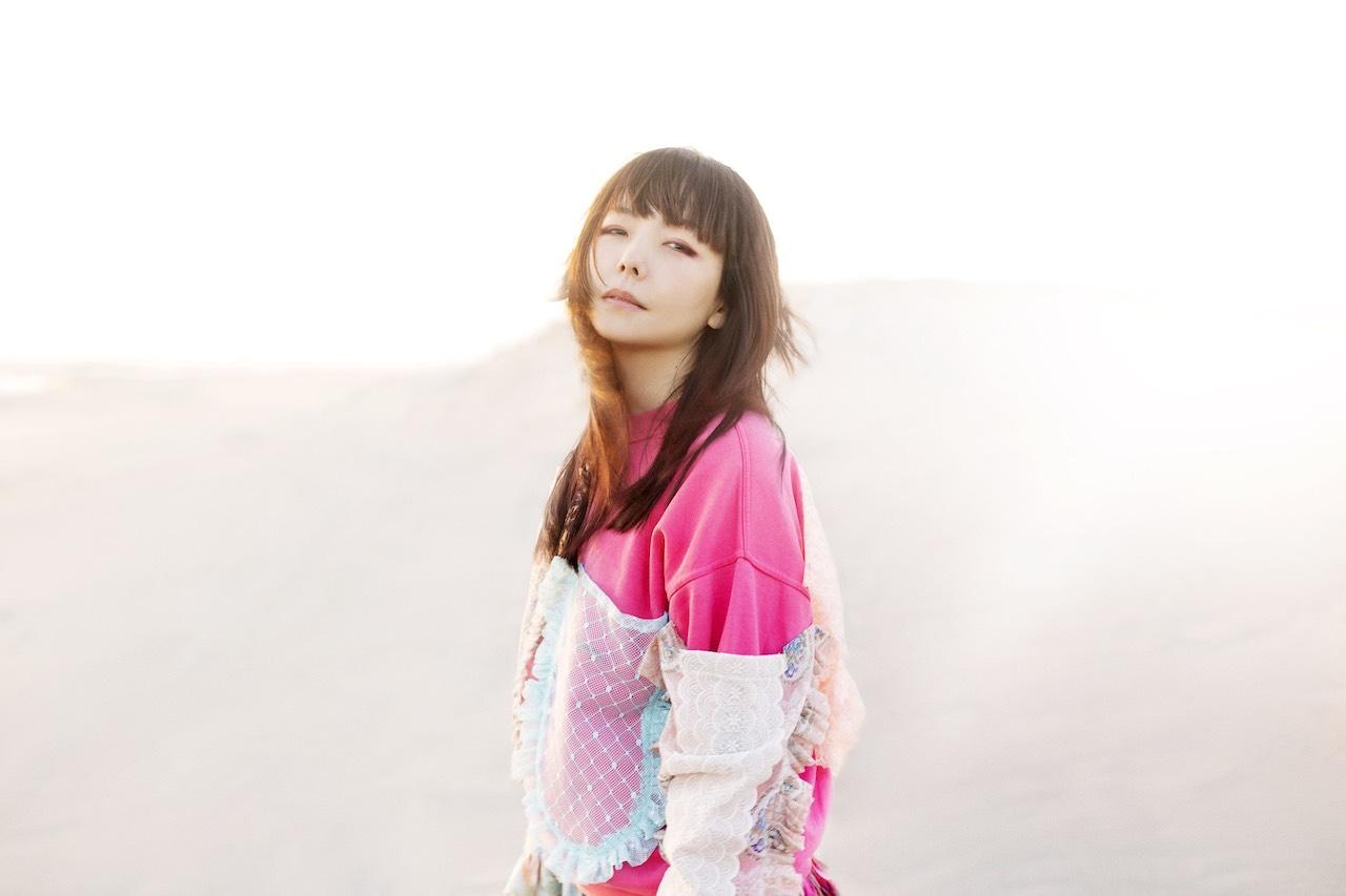 aiko、全国18箇所35公演に及ぶホールツアー「Love Like Pop vol.22」開催決定!さらに振替日程も発表!