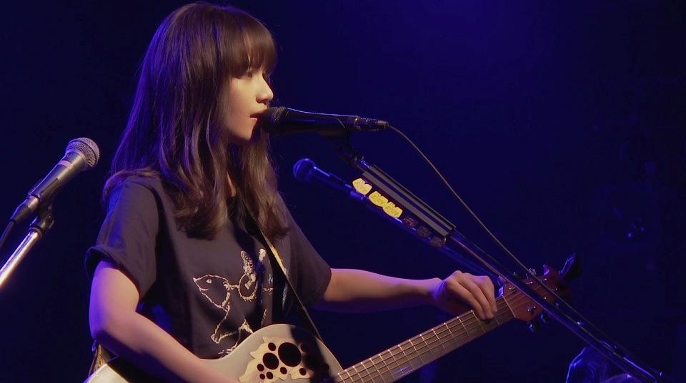 Anly、ジャケ写&渋谷クアトロ公演でのライブアクト公開!
