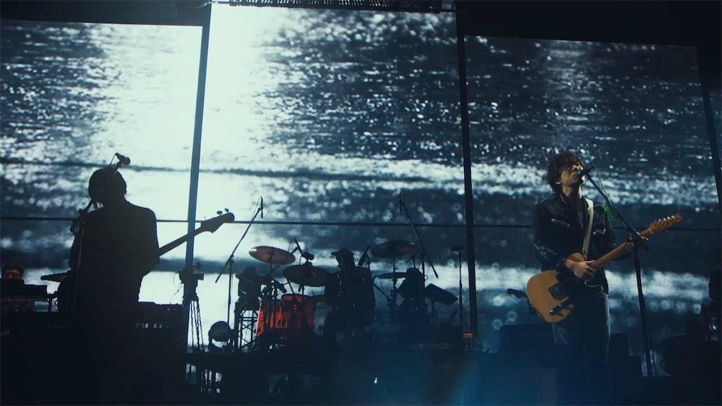 back number、LIVE Blu-ray&DVDから「雨と僕の話」LIVEバージョンMVをフルサイズ公開!