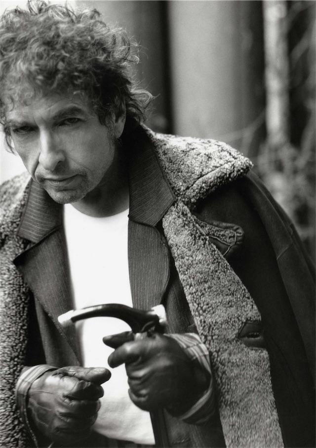 ボブ・ディラン、ノーベル文学賞授賞記念『ザ・ヴェリー・ベスト・オブ・ボブ・ディラン』に寄せて各界著名人がコメント!
