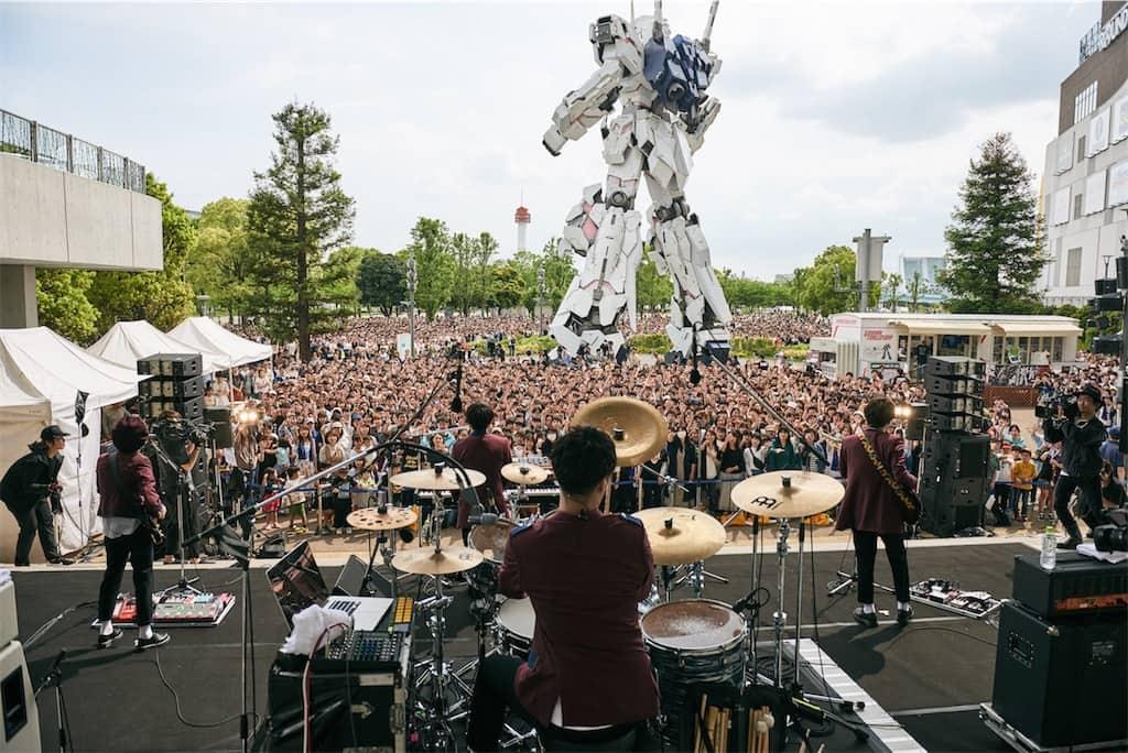 Official髭男dism、フリーライブ開催!5000人のファンが集結!
