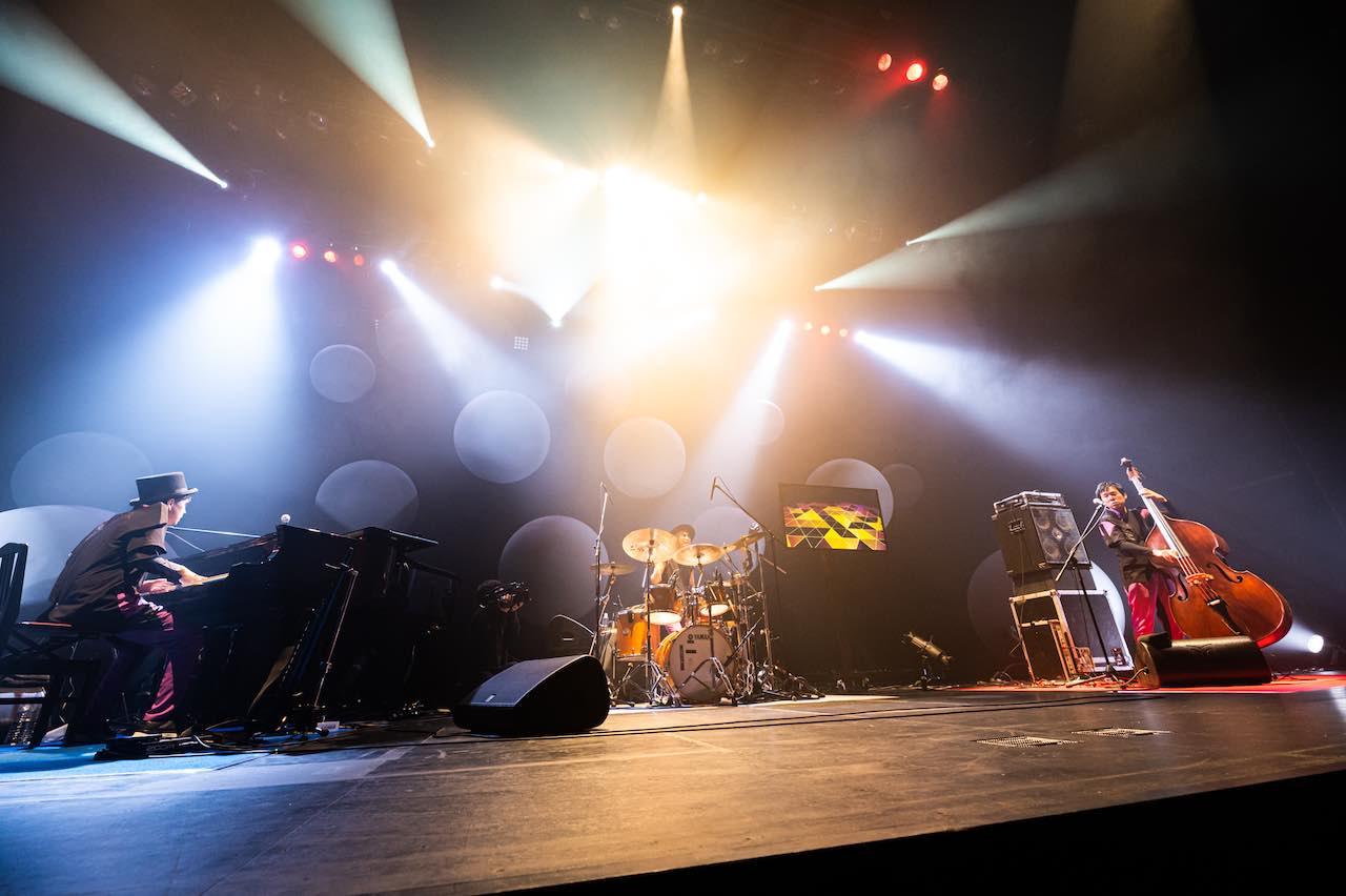 H ZETTRIO、2020年ラストライブ!Brillia HALL公演2DAYSオフィシャルライブレポ