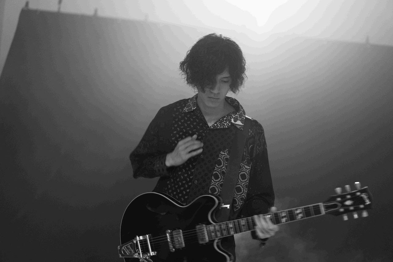スタジオジブリ長編アニメーション「アーヤと魔女」の劇中歌にGLIM SPANKY亀本寛貴がギター参加!