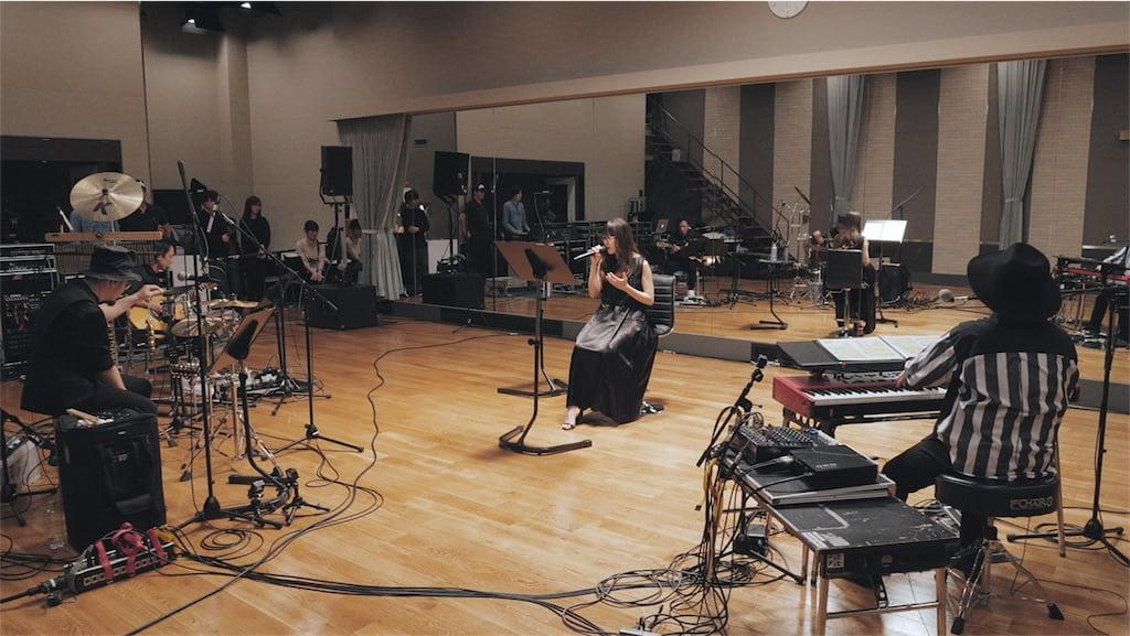 Aimer、最新アルバムから新曲「コイワズライ」のライブリハーサル映像をYouTubeにて初公開!