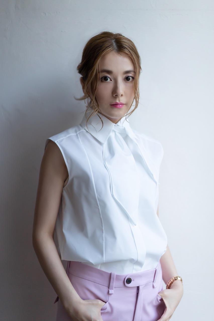 山野ミナ、豪華メンバー参加による大人のためのPOPSアルバムで本日メジャーデビュー!