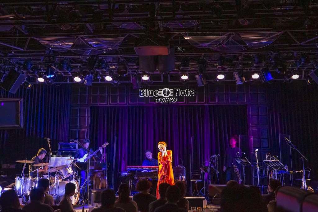 """MISIA、""""音楽の力""""を届けるためソーシャルディスタンスを徹底したライヴツアーを開催!"""