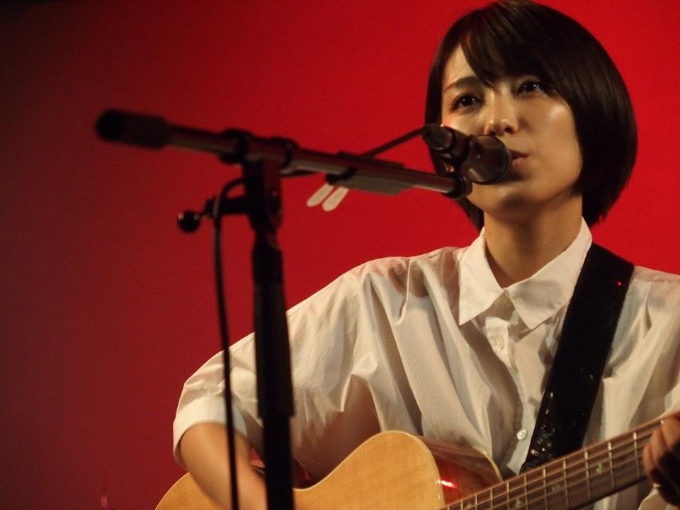 miwa、聖地での弾き語りライブ企画「acoguissimo(アコギッシモ)」初の無観客配信ライブ開催!
