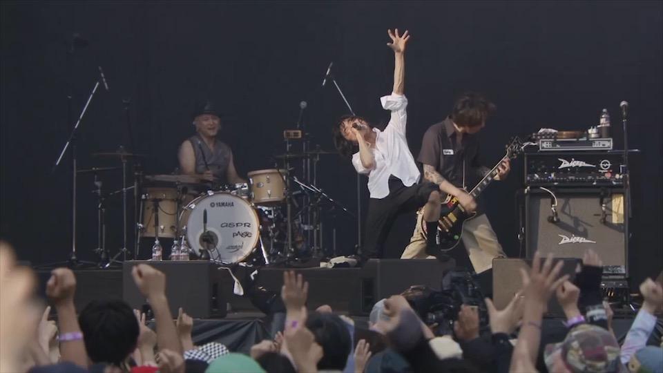 宮本浩次、ソロアルバム「宮本、独歩。」の特典映像より貴重なライブ映像をYouTube公開!