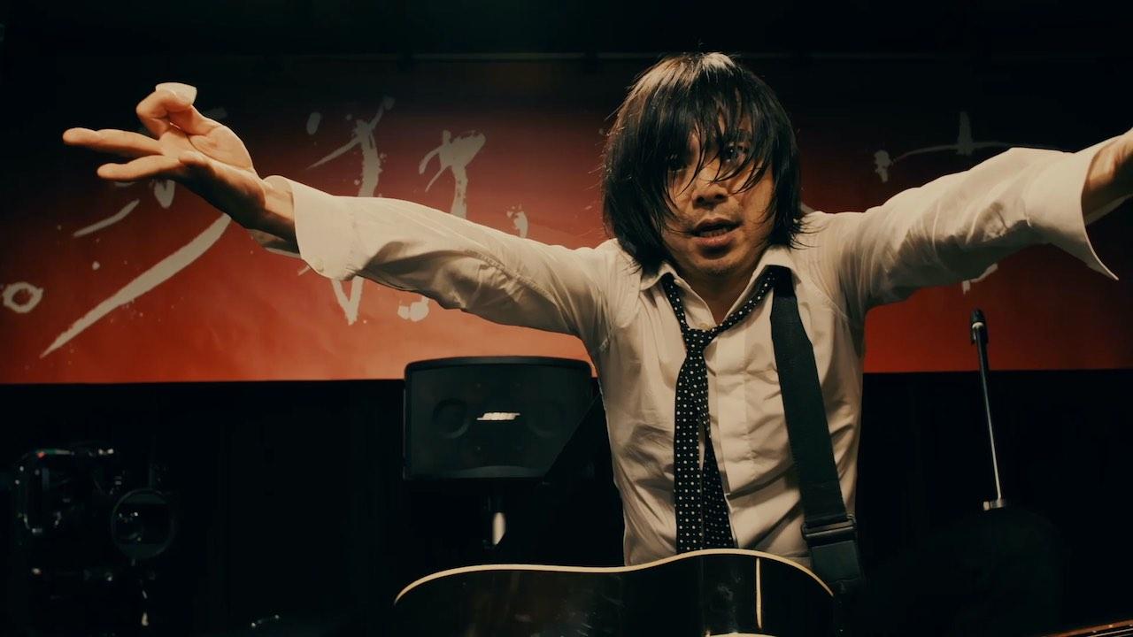 宮本浩次、シングル「P.S. I love you」 初回限定盤DVDより「ハレルヤ」の映像を公開!