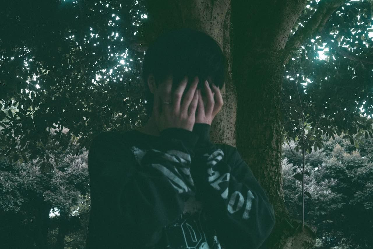 大橋ちっぽけ、ミニアルバム「you」より「沈黙の少年」ライブミュージックビデオを公開!初のワンマンライブ開催も発表!