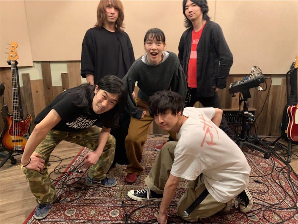 のん、「忘れらんねえよ」柴田とタッグを組んだ「わたしは部屋充」を配信限定でリリース!