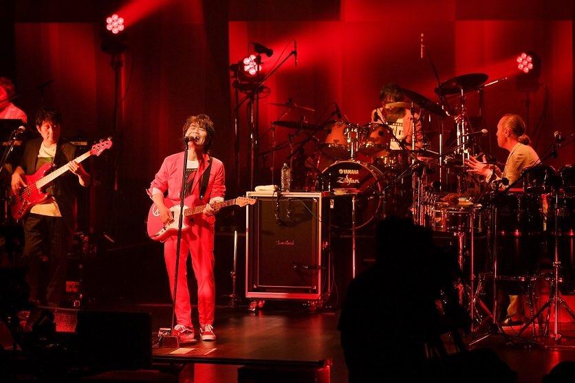 スターダスト☆レビュー、40周年記念無観客配信リクエストライブ開催!1位の曲にはトロフィーが贈られた!