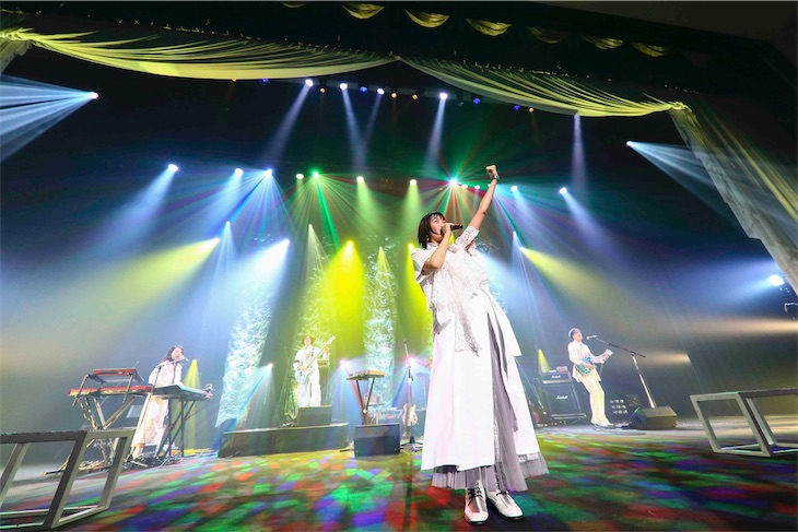 緑黄色社会、1万人動員の全国ツアーファイナル!即完の人見記念講堂で開催!