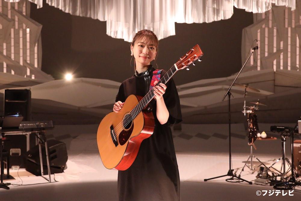 竹内アンナ、J-WAVEで話題になったNiziU「Make you happy」カバーを「MUSIC FAIR」にて披露!