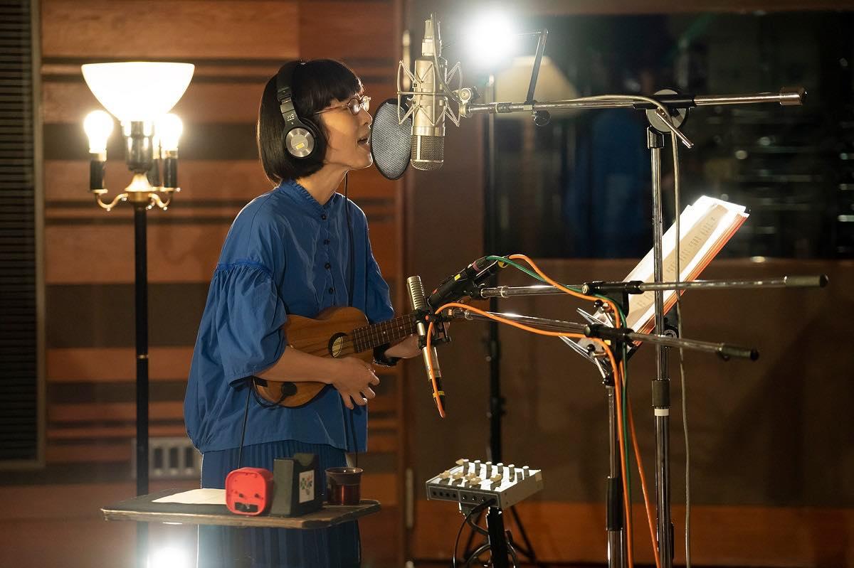 つじあやの、ビクタースタジオから歌をこめてから『風になる』スタジオVer.をYouTubeに公開!