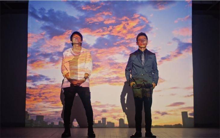 ウカスカジー、ミニアルバム「金色BITTER」から新曲「時代」MUSIC VIDEOが完成!