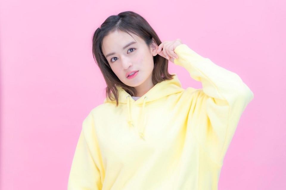 山出愛子、高校生最後の夏はオンラインワンマンライブに挑戦!7月31日に開催決定!
