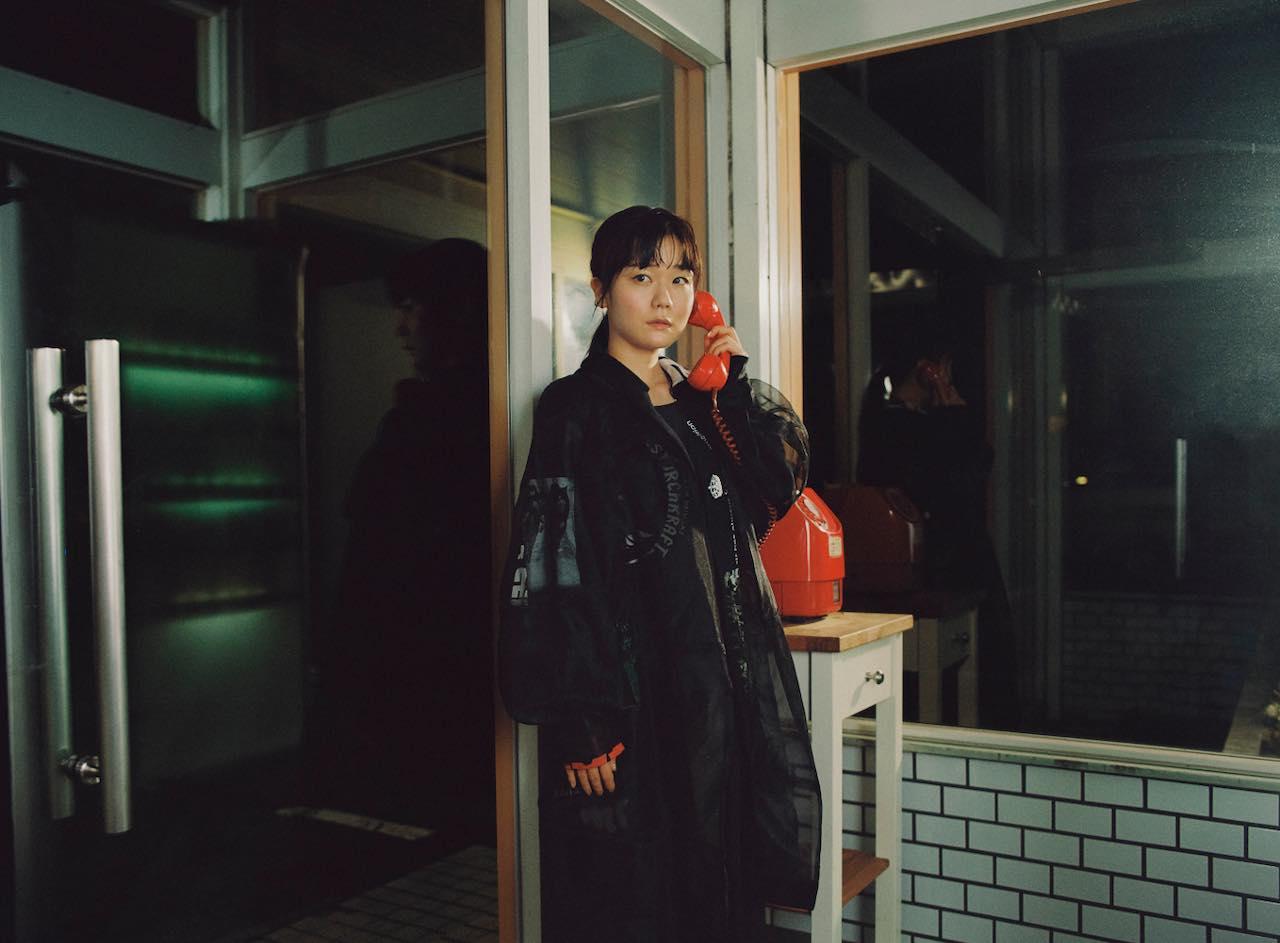 リスナーを物語に誘う吉澤嘉代子『新・魔女図鑑』の世界観と魅力とは