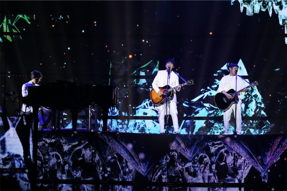 ゆず、台湾のグラミー賞『第30回金曲奨』で「栄光の架橋」をパフォーマンス!